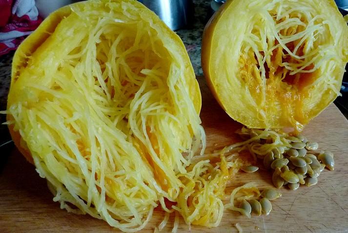 Connaissez vous la courge spaghetti - Comment cuisiner une courgette spaghetti ...
